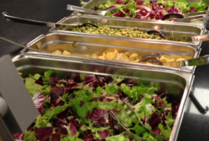 Salatbuffet der Betriebsküche Land OÖ