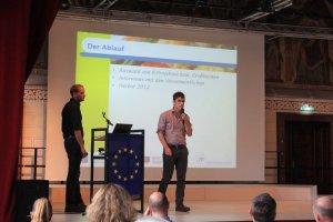 Klaus Fritz (FHWien der WKW) referiert über die Analyse von Leuchtturmprojekten