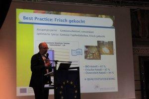 Hans Daxbeck (RMA) stellt Ergebnisse aus dem Projekt UMBESA vor